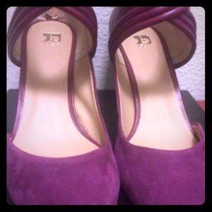 Suede heel shoe very soft